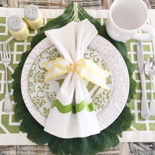 How To Decorate a Table for Spring